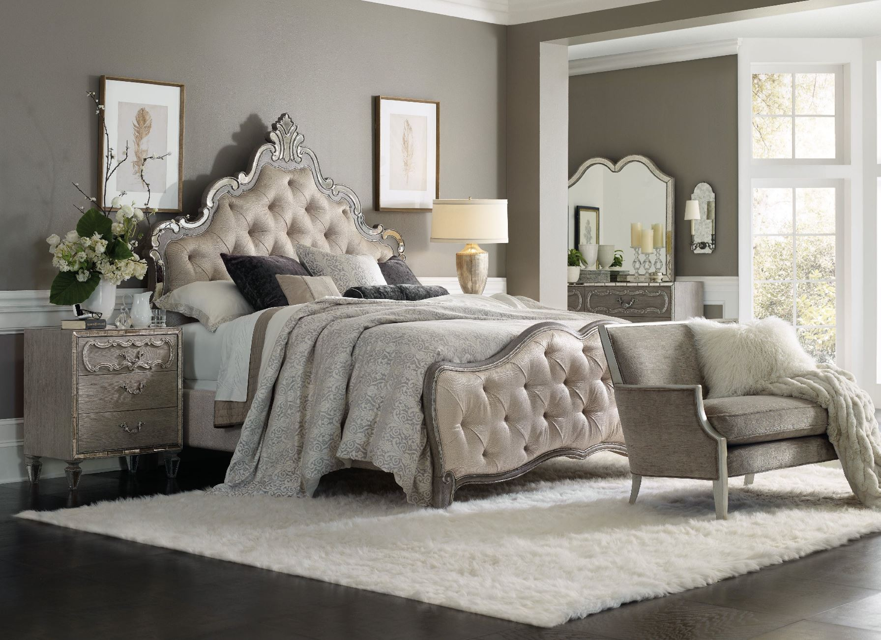 Hooker Furniture Sanctuary King Upholstered Bedroom Set