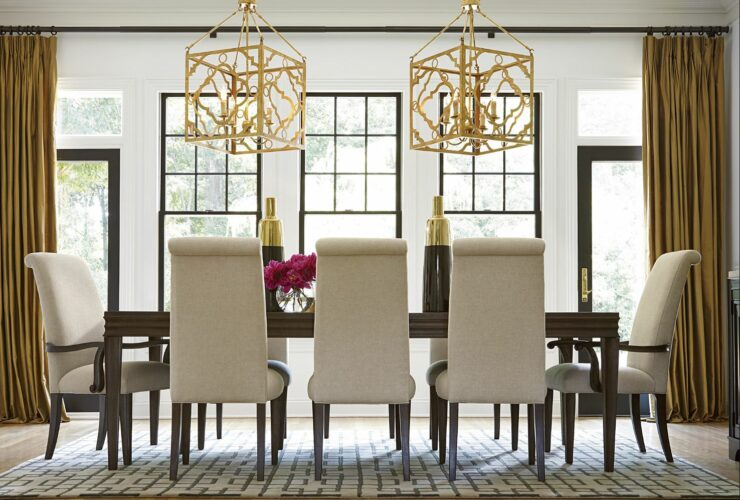 Universal Dining Collection