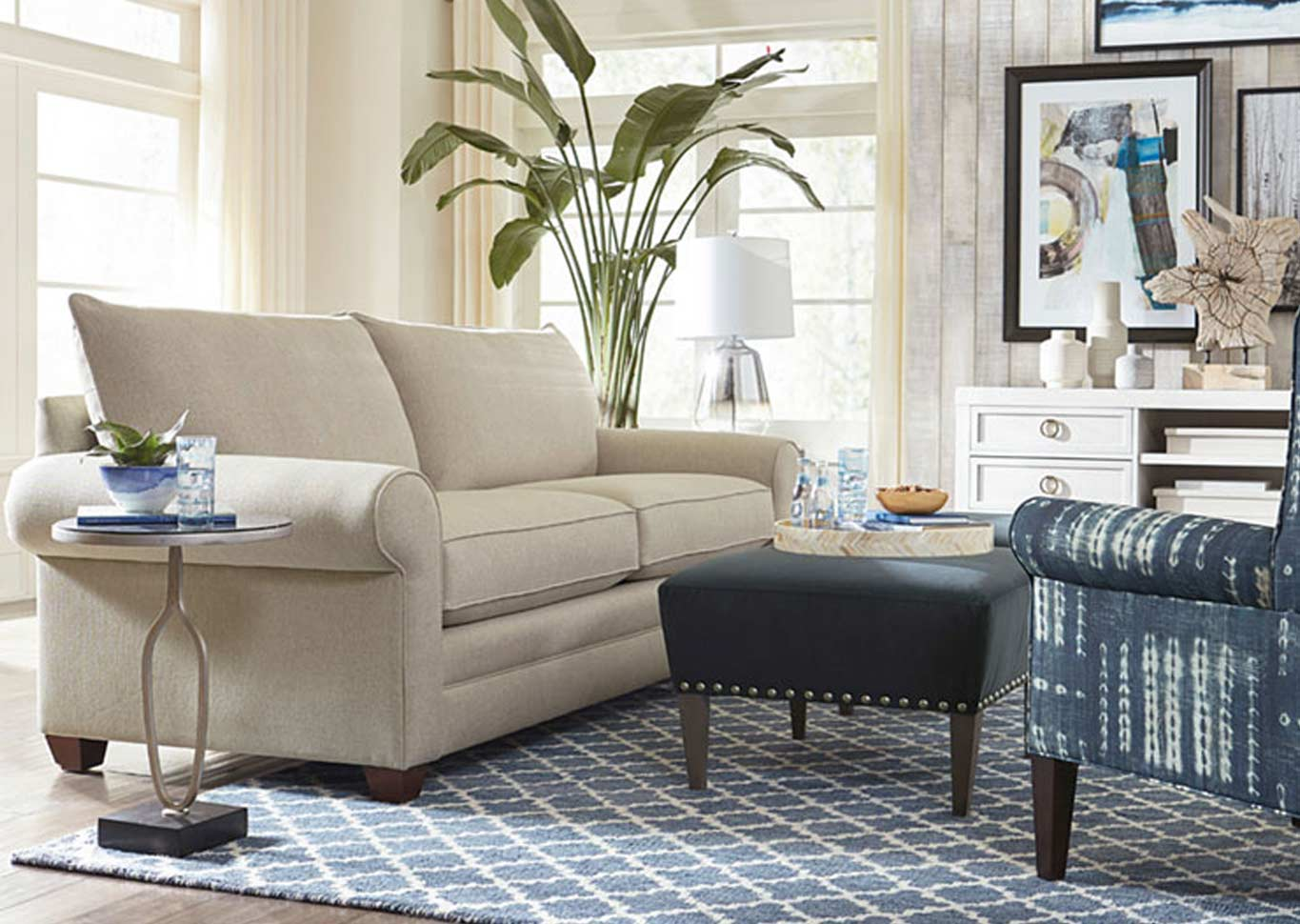 Alexander Collection by Basset Furniture